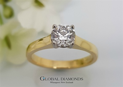18ct Yellow Gold Four Claw Solitaire