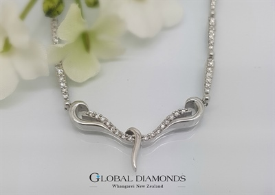 18ct White Gold Diamond Set Fancy Necklace