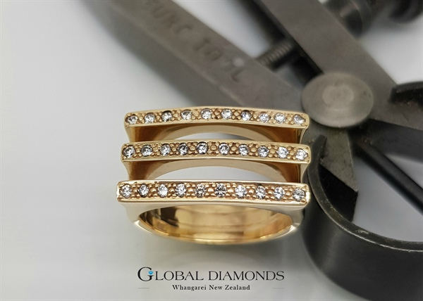 9ct Yellow Gold Square Top Diamond Dress Ring