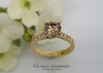 18ct Yellow Gold Champagne and White Diamond Ring