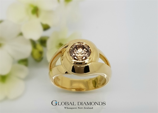 18ct Yellow Gold and Champagne Diamond Ring