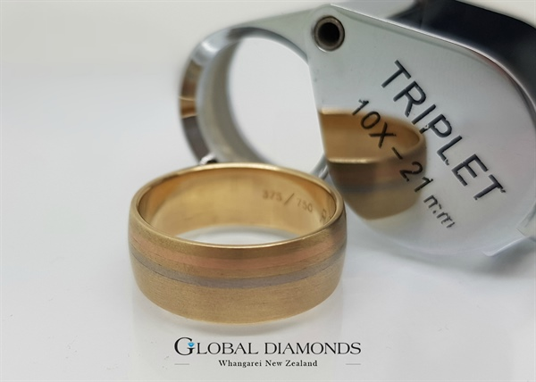 9ct and 18ct Gold Tri Tone Ring