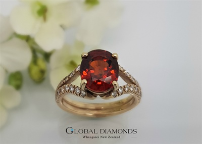 9ct Yellow Gold Spessarite Garnet Ring