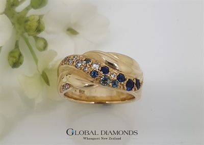 9ct Yellow Gold Sapphire Aquamarine and Diamond ring