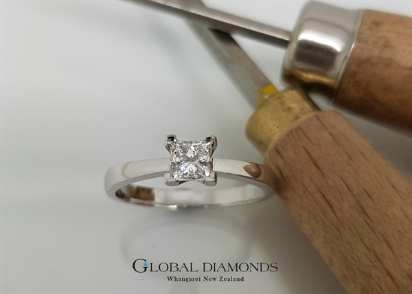9ct White Gold Princess Cut Diamond Solitaire Ring