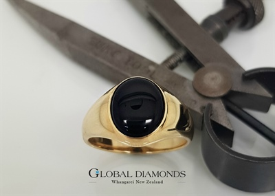 9ct Yellow Gold Onyx Ring