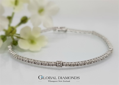 18ct White Gold Diamond Set Tennis Bracelet