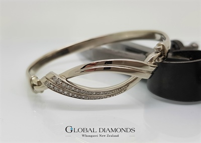 9ct White Gold Bead Set Diamond Bangle